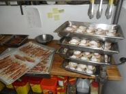 Mise en place d'oeufs bénédictine à l'occasion d'un brunch en buffet ...