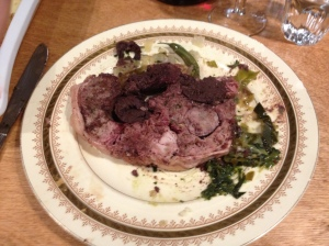 Cochon dans l'assiette