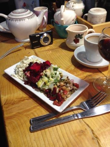 Et un belle assiette de crudités pour notre végétarienne
