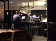 Le bar, au fil de la rotation