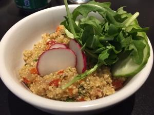 Salade de quinoa Diner St Sauveur
